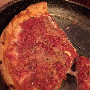 24 Hours in Chicago - Lou Malnati's Pizza